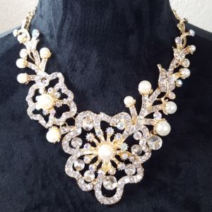 NWT Pearls and Crystals Necklace